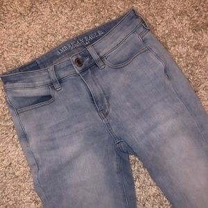 American Eagle Light Blue Jeans